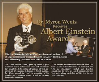 Dr. Myron Wentz receives Albert Einstein Award